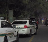 Fla. officer shot, suspect killed in gun battle
