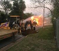 2 Texas firefighters hurt in gas leak fire
