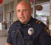 Texas cop hailed as a hero for saving choking child