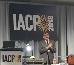 Gordon Graham speaks to IACP 2018 attendees.