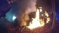 Video: Ohio officers rescue unconscious woman from burning car