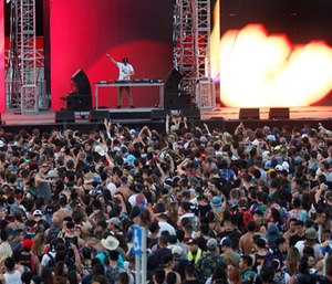 The second day of the Hard Summer rave on Sunday, July 31, 2016 at the Auto Club Speedway in Fontana, Calif. (Photo/Los Angeles Times/Francine Orr)