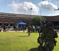 Texas Gov.: 10 killed, 10 hurt after high school shooting