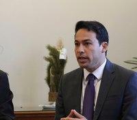Hawaii legislators consider closing gun control loopholes after officers' deaths