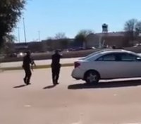 Video: Texas police fatally shoot armed robbery suspect holding hostage