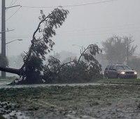 US death toll at 9 after weakening Hurricane Matthew