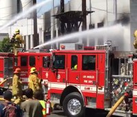 3 LAFD firefighters hurt in warehouse blaze