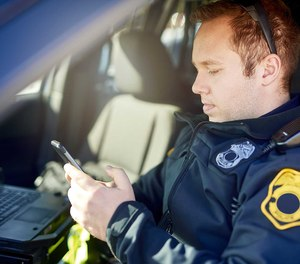 Mobile apps put new capabilities in the hands of police officers, no matter where they are.