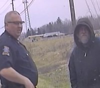 Dash cam video captures Ind. officer's act of kindness