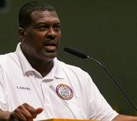 Black officers accuse Miami police chief of ignoring discrimination in department