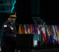 Chicago police superintendent announces retirement