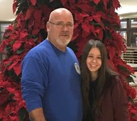 Ark. fire chief donates kidney to 18-year-old woman