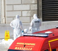2 women killed by man with knife at French train station