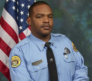 Officer Daryle Holloway.