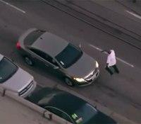 Video: Calif. cops shoot gunman after he rams cars, carjacks woman