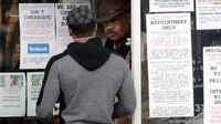 LA sheriff, county lawyer clash over gun shop closures