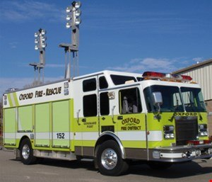 Elevating the lights greatly reduces the amount of glare exposure to on-scene personnel. (Photo/Oxford Fire District)