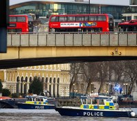 Police shoot man after reports of stabbing near London Bridge