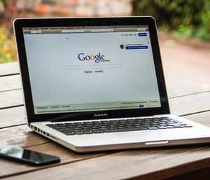 According to data collected, 80 percent of callers detected with Google's technology were located within an average radius of 121 feet. (Photo/Pexels)