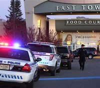 1 injured in Wis. mall shooting