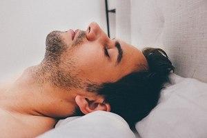 Man sleeping (Pixabay image)