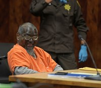 Man paints face black for life sentence hearing