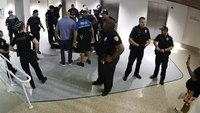 5 Fla. cops face misdemeanor battery charges following arrest video