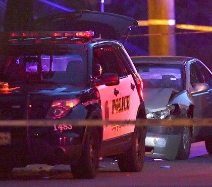 Minn. officer fatally shoots man who rammed squad car