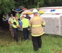 Ala. couple rescues paramedics, patient after ambulance crash