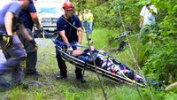 Wash. EMS crews rescue motorcyclist found a day after crashing