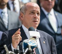 NYPD union president criticizes mayor's response to rabbi's funeral