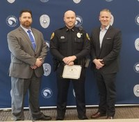 Ill. officer honored for bravery in putting out house fire