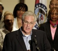 Records: Governor kept routine until day 5 of Ferguson protests
