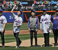 Families of slain NYC cops honored at Mets game