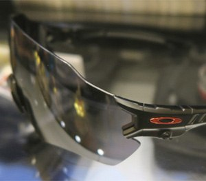 Oakley expanded the frameless lens zone to give the Tombstone a 120-degree view.