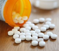 Ark. doctor's license suspended for overprescribing opioids