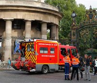Child in critical condition after Paris lightning strike