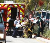 Small plane crashes into Fla. house; 3 hurt