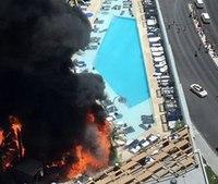 Firefighters battle massive fire at Las Vegas hotel pool