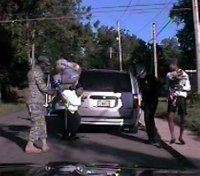 Video: Ga. police help soldier surprise mom upon return from Iraq
