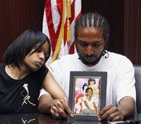 No delay in Detroit cop's manslaughter trial