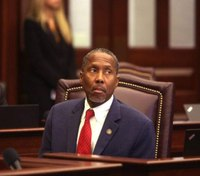 Fla. senator files bill to reduce outdated drug sentences for inmates