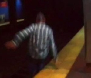 Surveillance footage shows a man jumping onto subway tracks to commit suicide. (Photo/SEPTA)