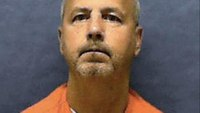 Serial killer who preyed on gay men executed in Fla.