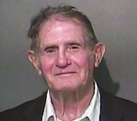 80-year-old man accused of punching cop at Elizabeth Smart event