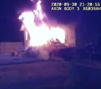 Video: Ill. LEOs rescue man from burning home