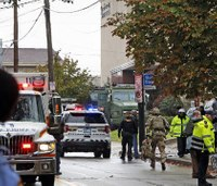 Paramedics recount their actions at synagogue massacre scene