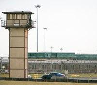 Jury deliberations set in trial over fatal Del. prison riot