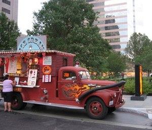 Fire & Ice Cream Truck (Photo courtesy Twitter)