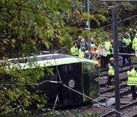 7 dead, more than 50 hurt after London tram derails